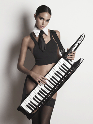 keytar_hot_girl.png